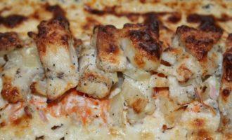 Рыбное филе под сырно-сметанной подушкой